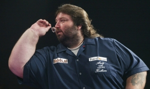 andy-fordham-throws-in-the-showdown-in-2004-lawrence-lustigpdc_0,,10180-5625416,00